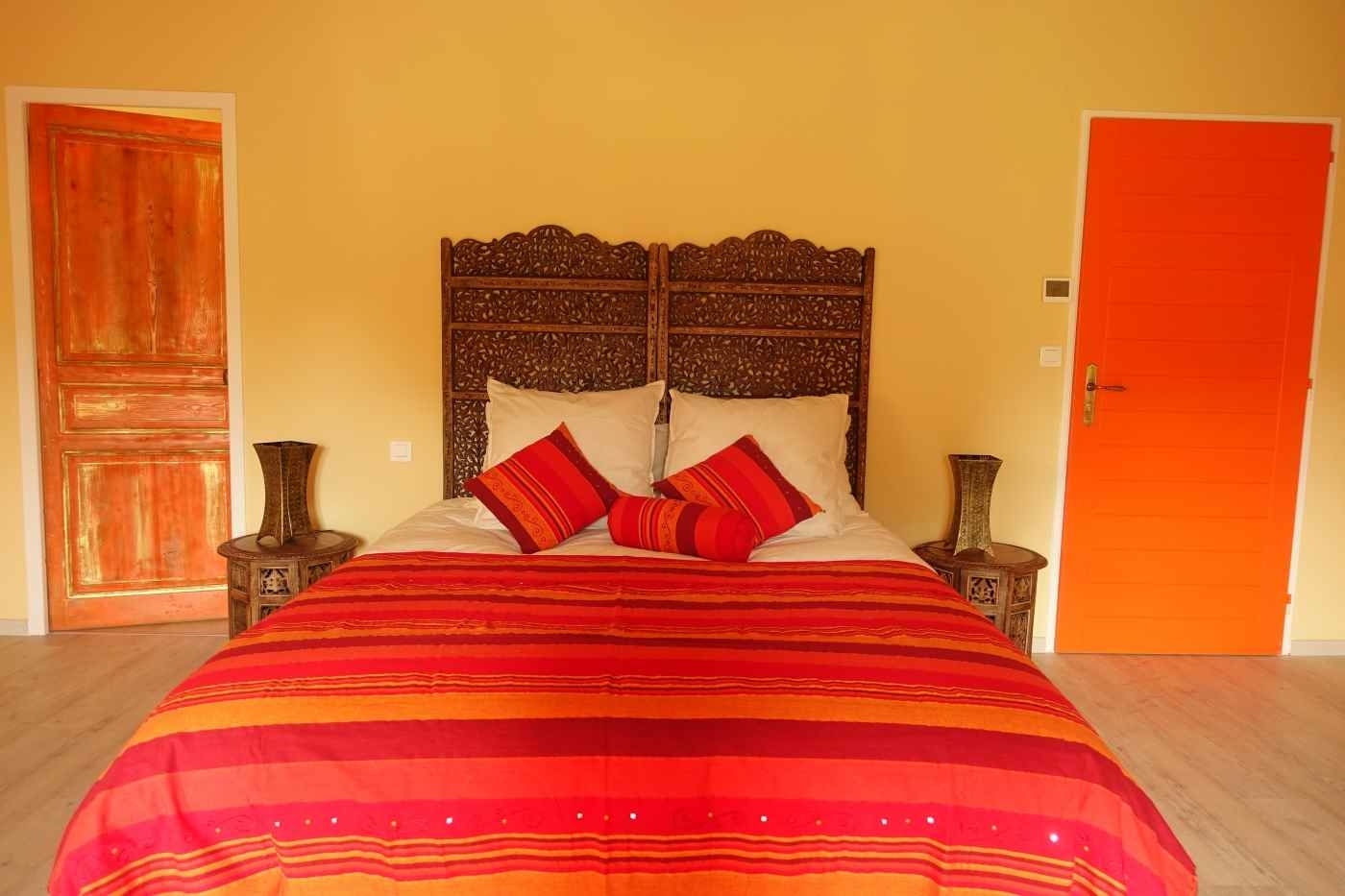 chambre safran chambre d 39 h tes cologique de charme albi tarn occitanie brin de cocagne. Black Bedroom Furniture Sets. Home Design Ideas