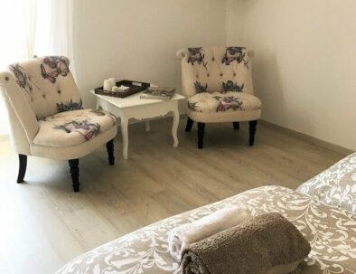 espace salon chambre occitane