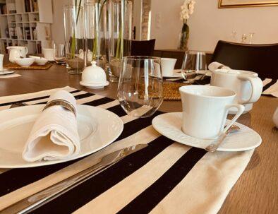 table-dressee-brin-de-cocagne-min