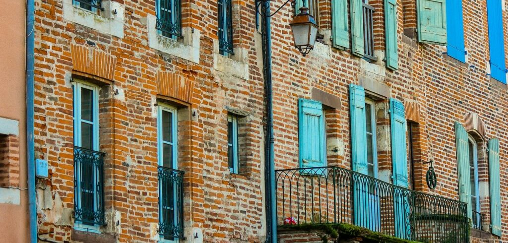 LA BRIQUE DE LA CITÉE ÉPISCOPALE D'ALBI, classée au patrimoine mondial de l'Unesco
